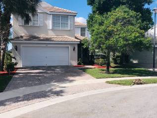 ROYAL PALM BEACH $358,000