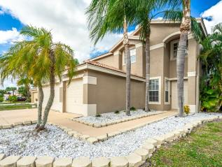 SOLD: BOYNTON BEACH $415,000