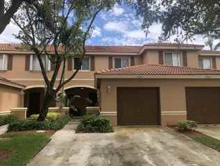 SOLD – RIVIERA BEACH $235,000